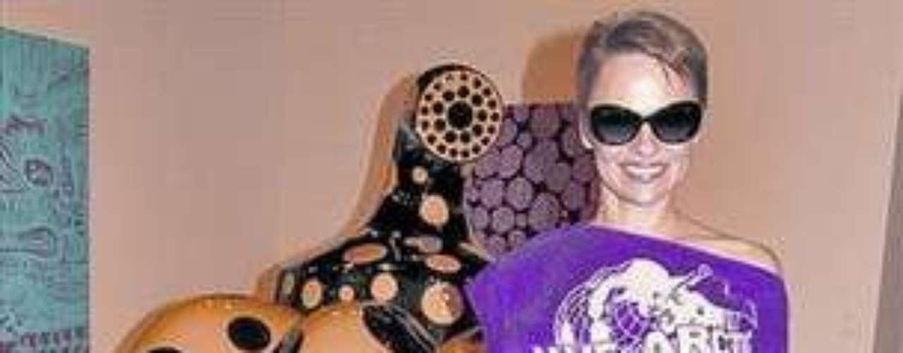 Al parecer Pamela decidió llevar un estilo mucho más alternativo y moderno.