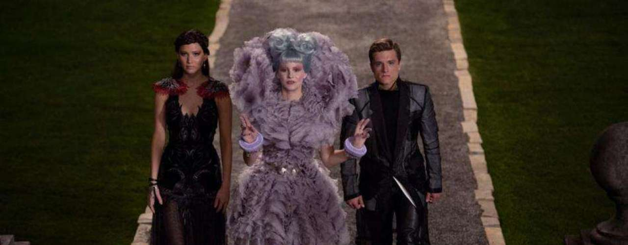 The Hunger Games: Catching Fire recaudó $296.3 millones de dólares