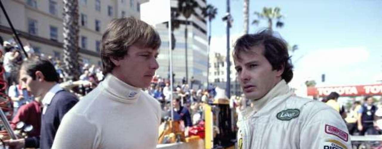 Un caso excepcionalmente triste por su desenlace fue el que sostuvieron Didier Pironi y Gilles Villeneuve en Ferrari en 1982. El conflicto se inició durante el GP de San Marino, cuando la victoria estaba para servida para Villeneuve, pero Pironi hizo caso omiso a un código por esos años en Ferrari que no permitía sobrepasos entre compañeros en la última vuelta. Pironi superó al canadiense en los últimos metros, lo que rompió la relación entre ambos pilotos. En la clasificación de la carrera siguiente, en el GP de de Bégica, Villenueve tuvo un aparatoso accidente en la curva Terlamenbocht, salió volando más de 50 metros y desafortunadamente perdió la vida. El accidente provocó la antipatía de muchos de sus colegas de Fórmula 1 para con Pironi, y cinco carreras después, un gravísimo accidente en los entrenamientos del GP de Alemania motivó el prematuro retiro del francés de la F1.