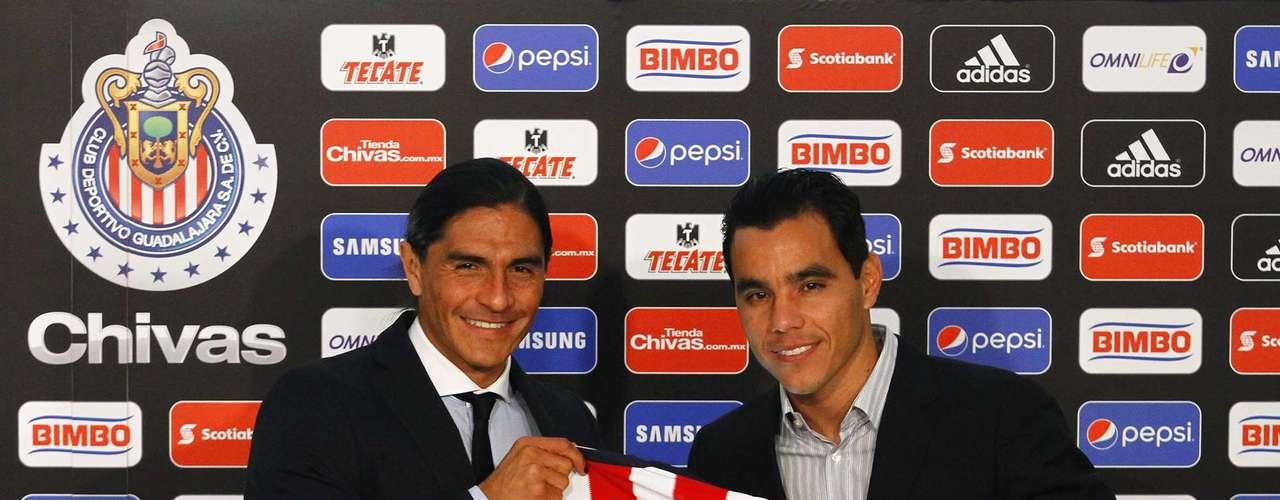 Omar Bravo regresa a las Chivas