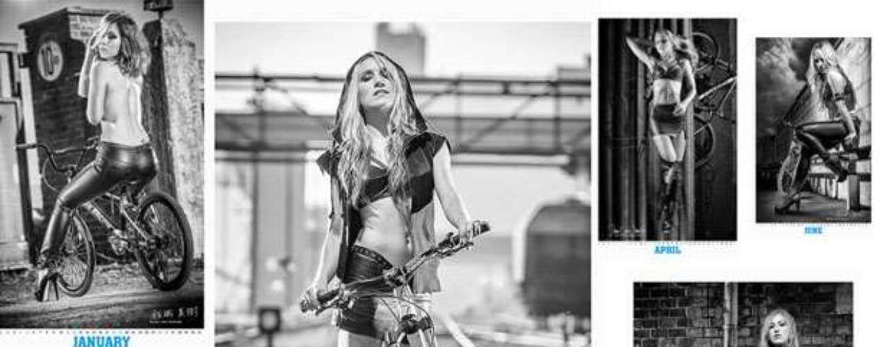 CyclePassion elaboró un calendario con las principales ciclistas femeninas del momento, quienes se dan cita en esta sensual publicación de sugerentes fotografías para deleitarlos ojos de los aficionados.