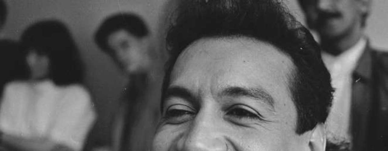 En 1993, Diomedes Díaz se incrustó en un diente un diamante que le costó 6 millones de pesos. Tiempo después lo reemplazó por uno más grande de un valor de 20 millones.