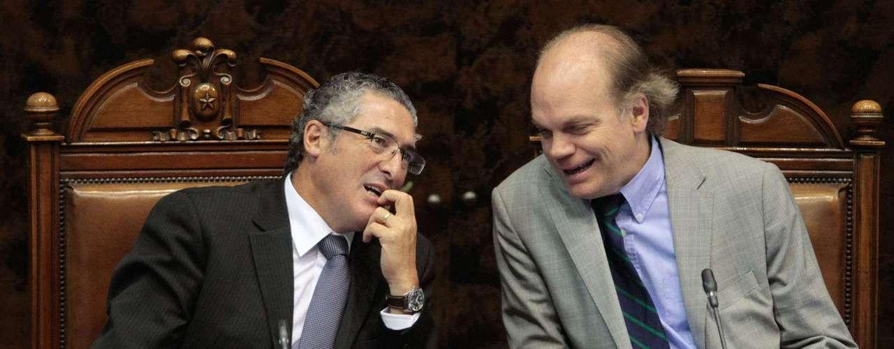 Un intenso debate se vive en el Senado esta jornada en donde se analiza el Acuerdo de Vida en Pareja.