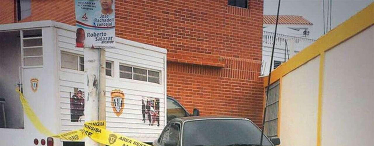 """La ex Miss Venezuela Mónica Spear, actriz de la cadena estadounidense en español Telemundo, y su pareja fueron asesinados a balazos en una autopista de Venezuela, informaron este martes autoridades, un crimen descrito como """"masacre"""" por el presidente Nicolás Maduro."""