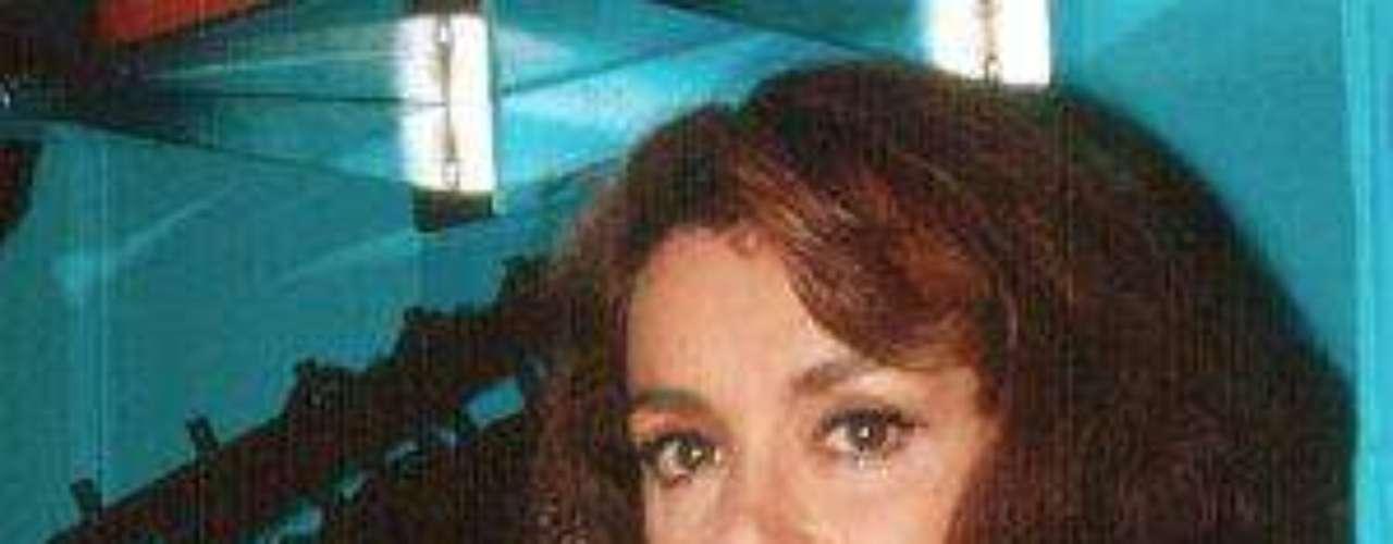 En 1986, Méndez se mudó a Los Ángeles, California,y un año después fue nombrada Miss Amiga 1987, porla Cámara Americana de Comercio.Lucía Méndezy la telenovela de sus memes y fotos eninternetLos 50 rostros más bellos delas telenovelasDivas de telenovelasque hicieron historia en la TV¿Triste realidad? Las estrellassin maquillaje