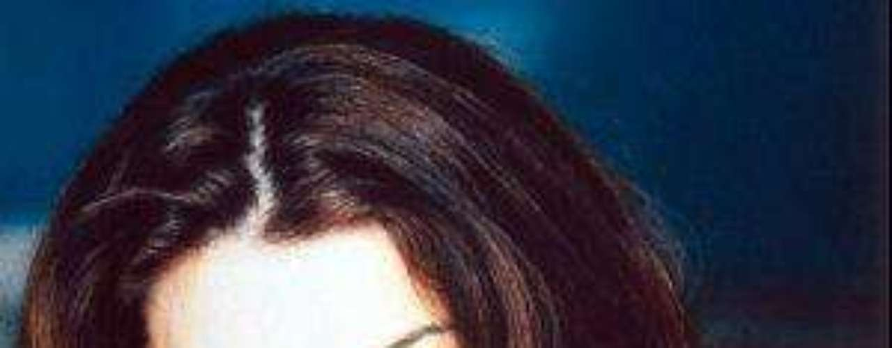 En 1998, la actriz regresó nuevamente a Méxicopara protagonizar un papel en la telenovela \