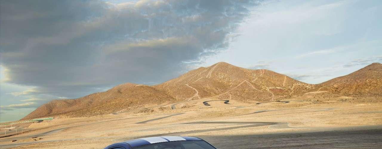 Viene con un turbocompresor de 2,3 litros con un diseño único para el motor de 5.8 litros.