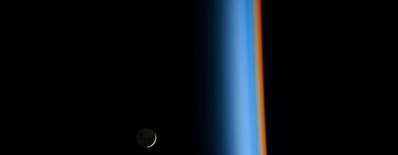 La Agencia Espacial de Estados Unidos (NASA, por sus siglas en inglés) publica en su página electrónica una imagen diaria sobre diferentes acontecimientos espaciales. Terra te muestra las mejores fotos del mes.