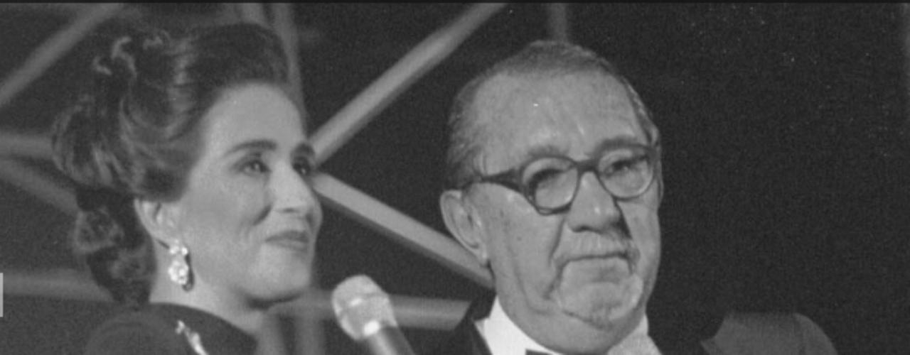 Fernando González Pacheco.- Conocido popularmente como Pacheco,falleció en laClínica del Countrydebido a problemas respiratorios que lo aquejaban desde hace tiempo.