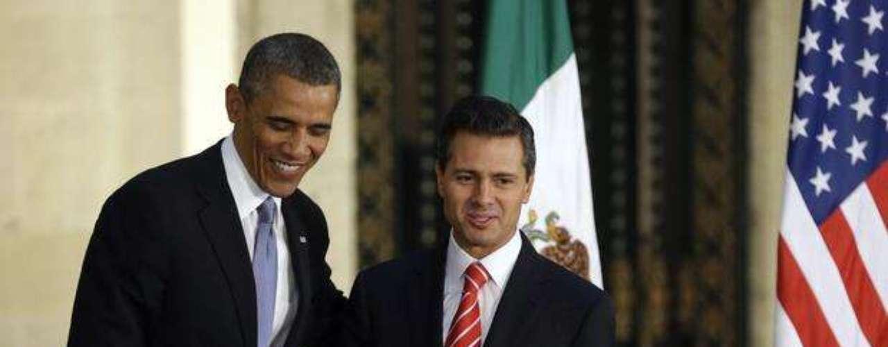 El mandatario estadounidense estuvo en México el 3 y 4 de mayo de 2013, e inmediatamente después de su llegada sostuvo con Peña Nieto su primera reunión bilateral en el Palacio Nacional en Ciudad de México.