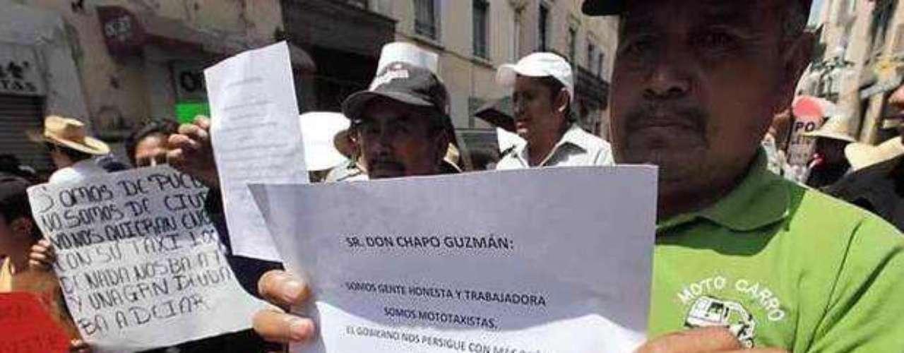 El 14 de marzo de 2012 se realizó en Puebla una manifestación, donde mototaxistas hicieron pública una solicitud.: \