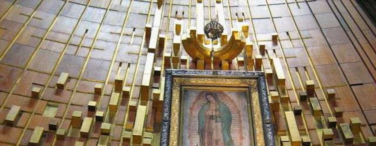 En polémica declaración en 2012, el arzobispo de la Iglesia Ortodoxa de México, Antonio Chedraoui, declaró que El Chapo es fiel de la Virgen de Guadalupe.