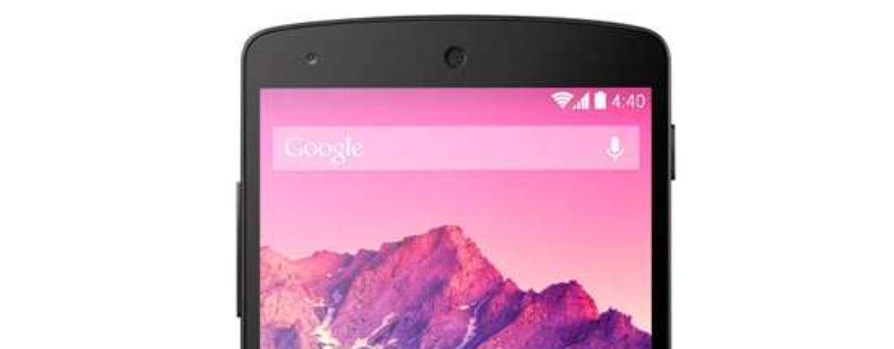 4º - Google Nexus 5 - Este terminal cuenta con una poderosa arquitectura interior y una versión casi pura de Android