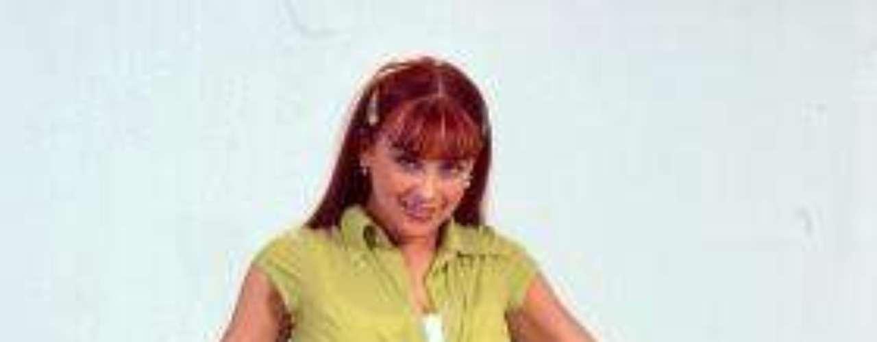 Síguenos en:  Facebook -  TwitterRecuerda al 'Corazón Salvaje Original'Aracely Arámbula dejaría'Perfume de Gardenia' por oferta de telenovela