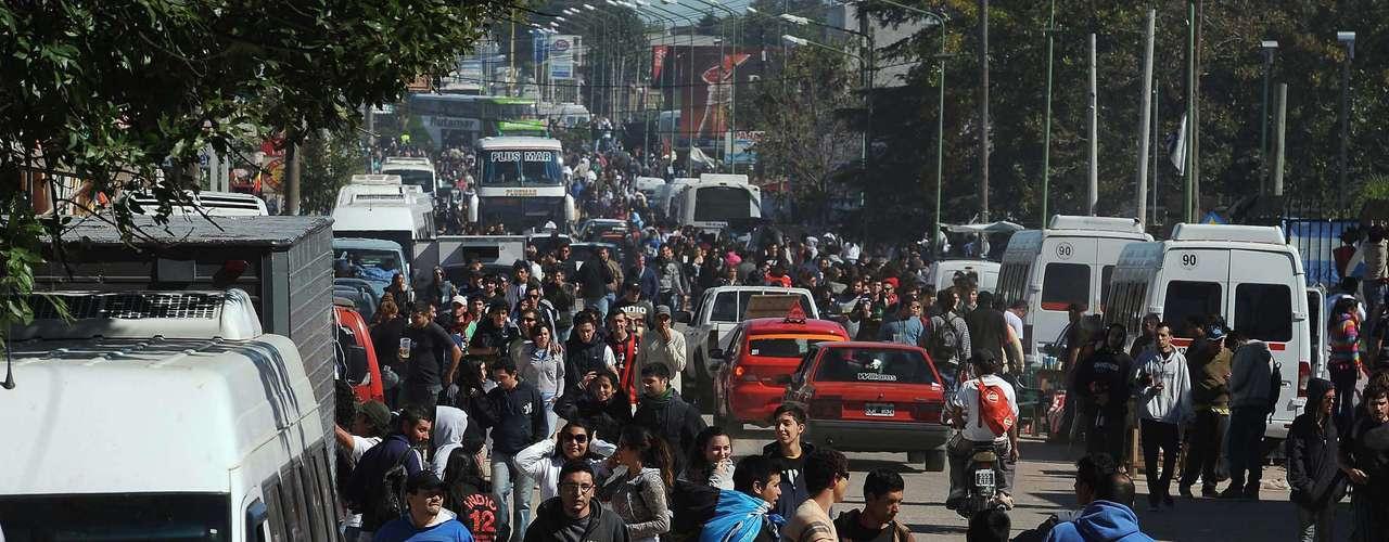 Desde muy temprano, la ciudad de Gualeguaychú estuvo invadida por la masa ricotera.