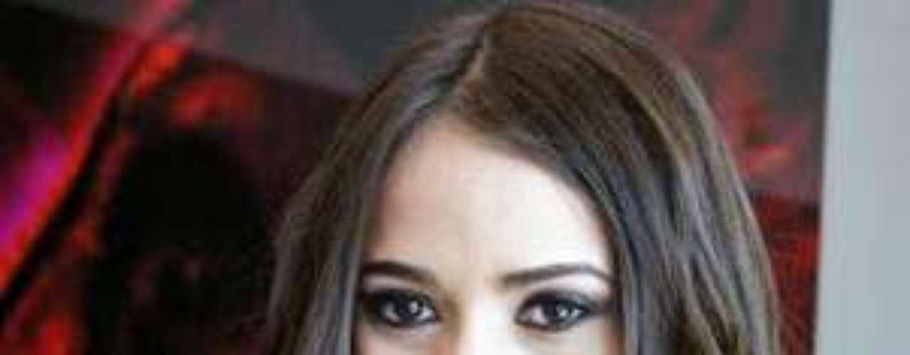 María Susana también ganó el título de Miss Turismo Oriental en mayo de 2012, en China.