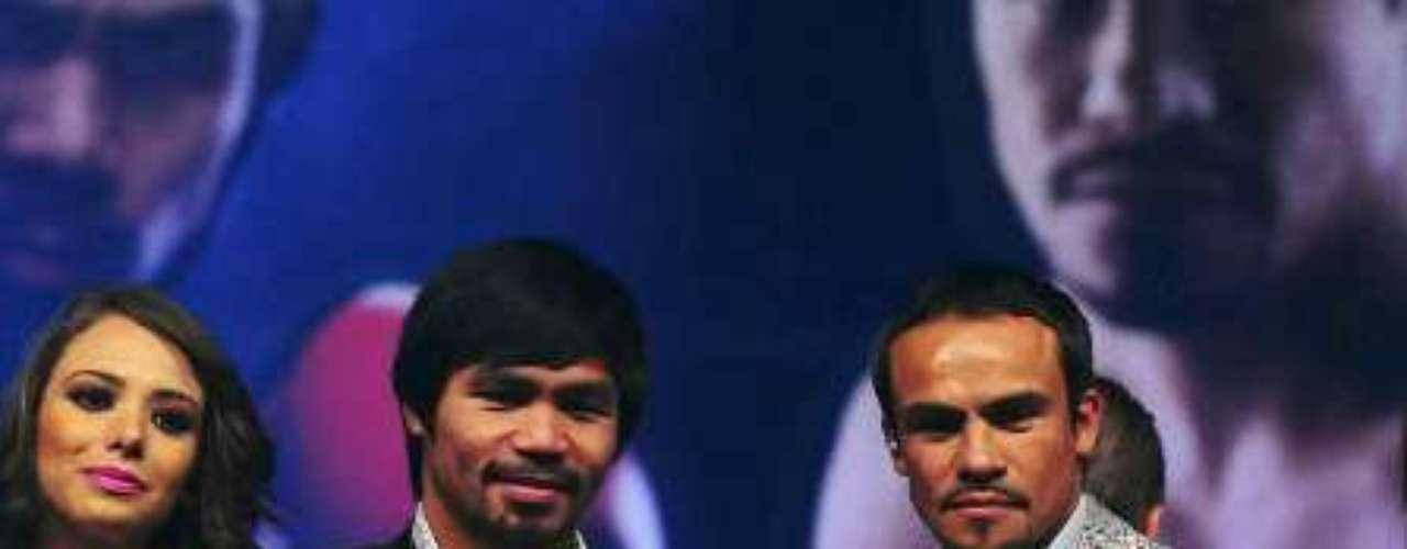 La Arena Ciudad de México abrió sus puertas para la presentación de los boxeadores, Manny Pacquiao y Juan Manuel Márquez, que convocaron un lleno de asistencia en el inmueble, con motivo de su cuarta pelea que llevarán a cabo el próximo 8 diciembre.
