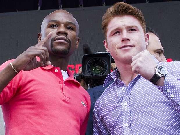 'Canelo' y Mayweather ya promocionaron la pelea Foto: Imago7