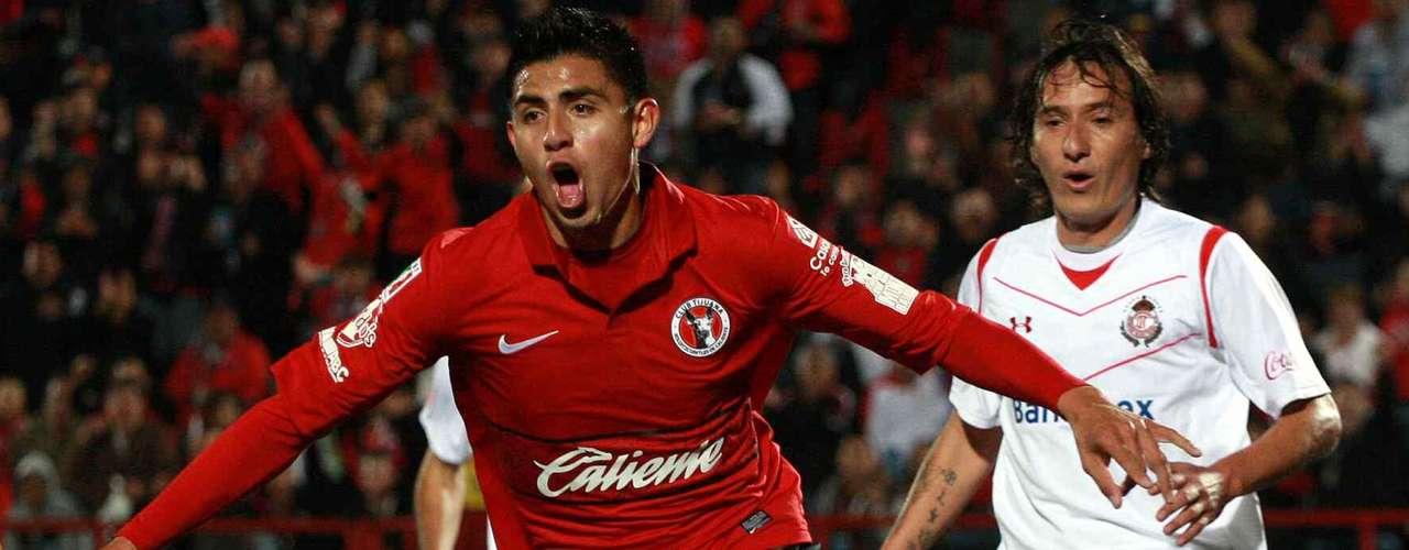 En el torneo Clausura 2012 Toluca visitó por primera vez Tijuana y rescató un empate 1-1 ante Xolos con goles Joe Corona e Iván Alonso. Al minuto 51 Juan Pablo Santiago fue expulsado.
