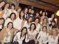 Mujeres de Villa La Angostura se desnudan con fines solidarios Foto: Web