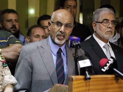 El presidente de la Asamblea Nacional libia, Mohamed Youcef Al Megaryef durante la rueda de prensa Foto: Reuters en español