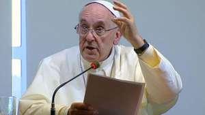 Papa diz que bispos não são príncipes e devem amar a pobreza Video: