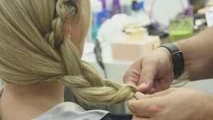 Vídeo exclusivo: aprenda a fazer o penteado com tranças usado por Eliana Video: