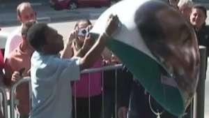Rei Pelé para Avenida Paulista e causa alvoroço em SP; veja Video: