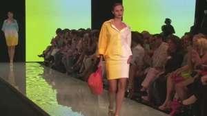 Cores invadem passarela do Miami Fashion Week Video:
