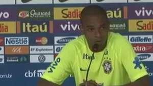 Fernandinho diz estar pronto para enfrentar a Sérvia; veja Video: