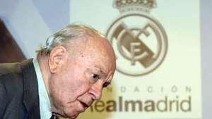 Luís Pereira vê tristeza no futebol com morte de Di Stéfano Video: