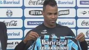 Fernandinho escolhe camisa 77 em busca de títulos no Grêmio Video: