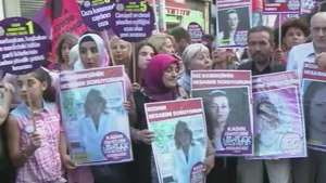 Mulheres protestam contra violência doméstica na Turquia Video: