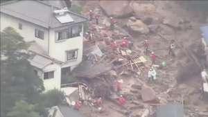 Deslizamentos de terra deixa mortos no Japão Video: