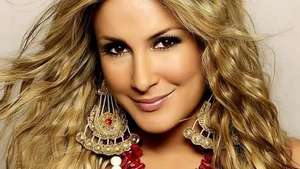 Claudia Leitte vai incendiar a Sapucaí em 2015 Video: