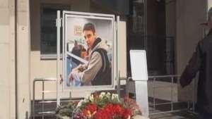 Fotógrafo russo morto na Ucrânia é homenageado em Moscou Video: