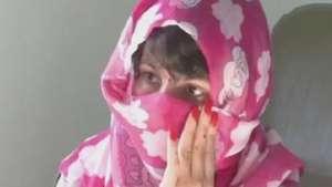 Afegã mutilada volta para casa após tratamento na Espanha Video: