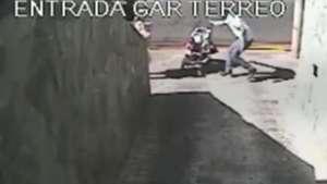 Ladrão salva bebê e assalta mãe no interior de SP Video: