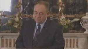 Premiê escocês renuncia após derrota do 'sim' Video:
