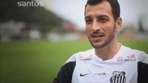 Santos homenageia capitão Edu Dracena pelos 5 anos de clube Video: