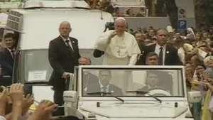 Papa visita a Albânia em sua quarta viagem internacional Video: