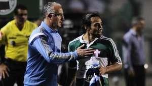 Dorival Júnior elogia Valdivia por liderança e desempenho Video: