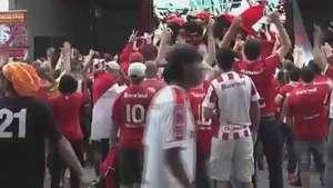 Banda agita torcedores em pré-jogo do Inter no Beira-Rio Video: