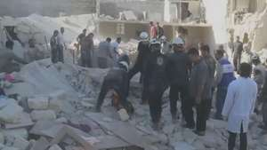 Crianças morrem após ataques na Síria Video:
