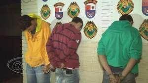 Trio é detido por agredir adolescente em terminal de ônibus Video:
