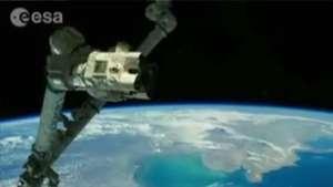 Vídeo mostra volta ao redor da Terra em um minuto Video: