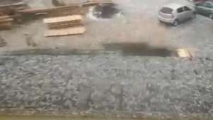 Morador de Lages captura tempestade de granizo Video: