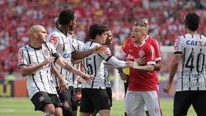 Brasileiro: veja lances de Internacional 1 x 2 Corinthians Video:
