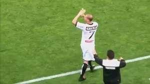 Revoltado, volante do Figueirense acusa árbitro de roubo Video: