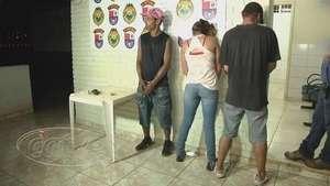 Trio é detido com pedras de crack e revólver no bairro São Cristóvão Video: